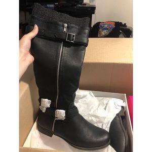 Black boots brand new